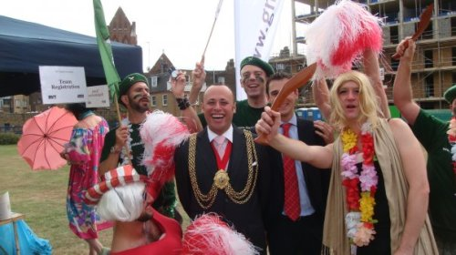 Mayor of Lambeth and Councillor Mark Harrison with entrants at the RVT/GMFA Games on Spring Gardens