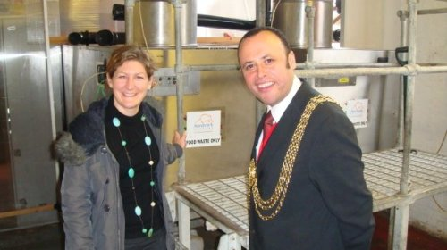 Mayor of Lambeth with Natasha Harris from Aardvark Recycling